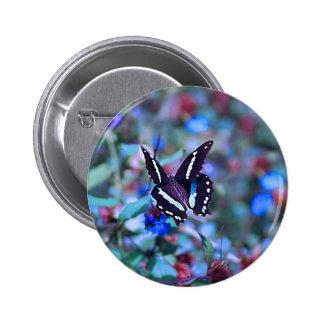 Las mariposas Flitter y agitan Pin Redondo De 2 Pulgadas