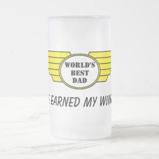 las mejores alas del papá de los mundos ganaron la taza de cristal