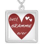 Las mejores camisetas y regalos de Grammie del cor Collar Personalizado