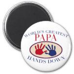 Las mejores manos de la papá abajo iman de nevera