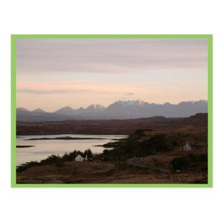 Las montañas de Cuillin en la isla de Skye en Postales
