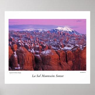 Las montañas de la sal del La acercan a Moab Póster