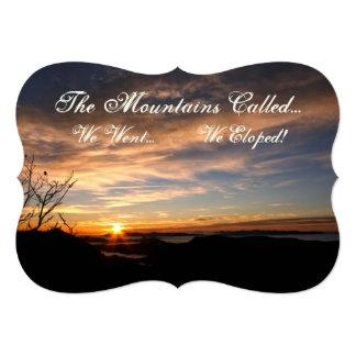 """¡Las montañas llamadas - Eloped! Salida del sol Invitación 5"""" X 7"""""""