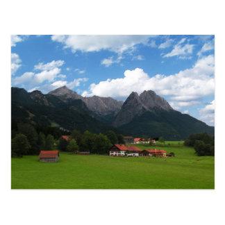 Las montañas tarjeta postal