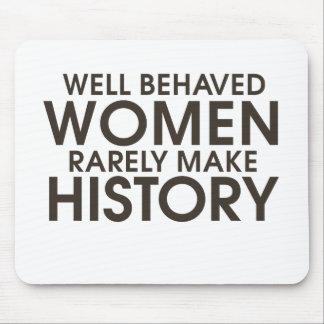 Las mujeres bien comportadas hacen raramente histo tapete de ratones
