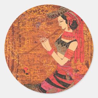 Las mujeres con la cintura florecen el arte de pegatinas redondas