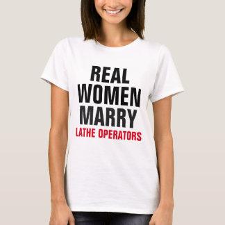 Las mujeres reales casan a operadores del torno playera