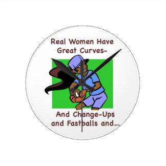 Las mujeres reales tienen reloj de pared medio de