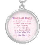 Las mujeres son ángeles pendiente personalizado