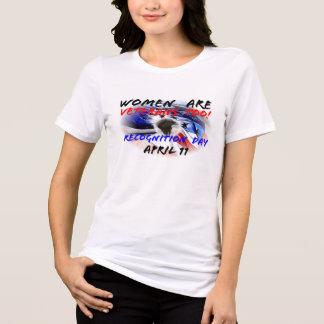 ¡Las mujeres son veteranos también! Reconocimiento Tee Shirt