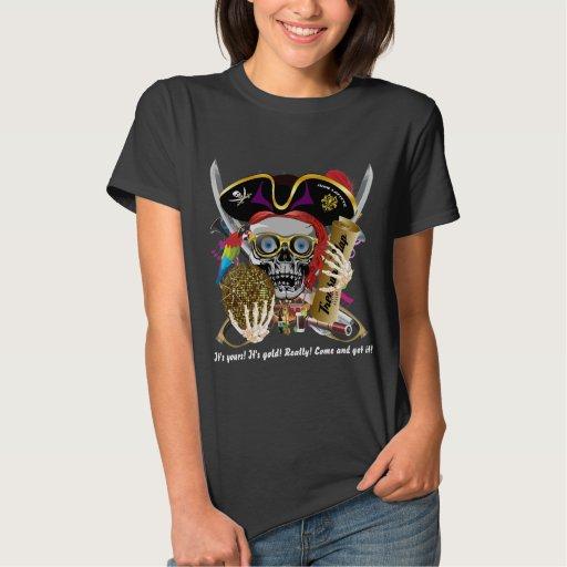 Las mujeres todas de la ropa del pirata diseñan camisas