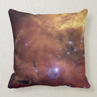 Las nebulosas del espacio profundo (almohada) LK e Cojín