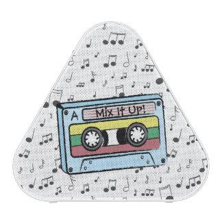 Las notas de la cinta y de la música de casete del altavoz