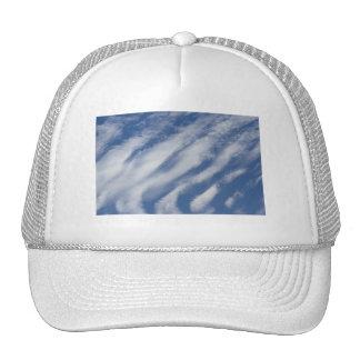 las nubes colocan gorra