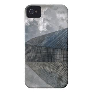 Las nubes del centro de Cira Funda Para iPhone 4 De Case-Mate