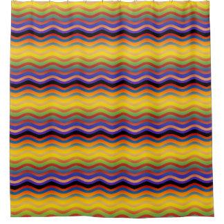 Las ondas confinan pendientes coloreadas + sus cortina de baño