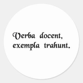 Las palabras dan instrucciones, ventaja de los pegatina redonda