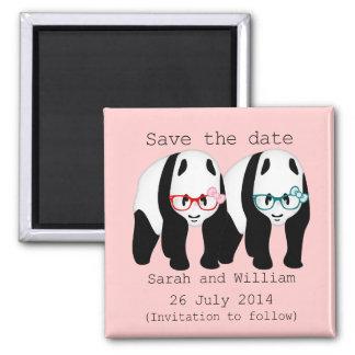 Las pandas que llevan los vidrios ahorran la fecha imanes para frigoríficos