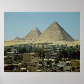 Las pirámides de Giza, c.2589-30 A.C., viejo reino Póster