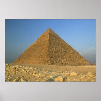 Las pirámides de Giza, que son 5000 alomost Póster