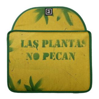 Las plantas no pecan sleeve for MacBooks