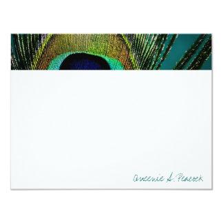 las plumas del pavo real de la fotografía del invitación 10,8 x 13,9 cm