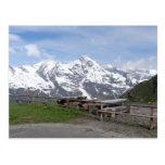Las postales del personalizado de las montañas