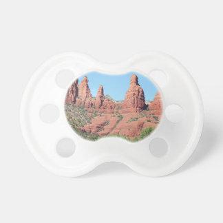 Las rocas acercan a Sedona, Arizona, los E.E.U.U. Chupetes De Bebé