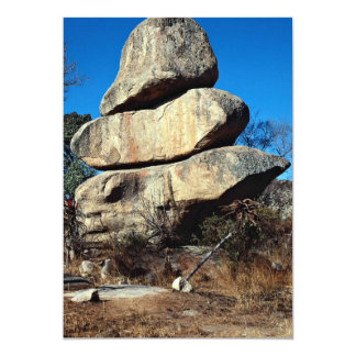 Las rocas de equilibrio, formati de la roca de invitaciones personalizada