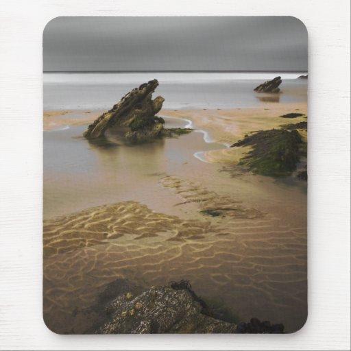 Las rocas, playa de Fistral, Newquay, Cornualles, Tapete De Ratón