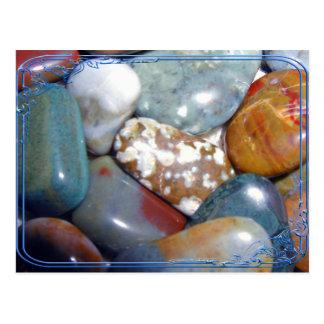 Las rocas pulidas de la mamá postales