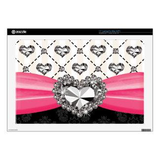 Las rosas fuertes arquean el falso corazón del dia skins para 43,2cm portátil
