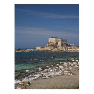 Las ruinas de Caesarea del puerto construyeron por Postal