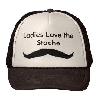 Las señoras aman el gorra de Stache