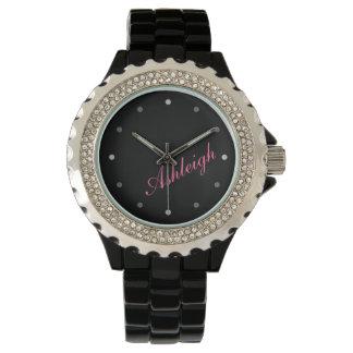 Las señoras con clase de la MOD personalizaron el Reloj