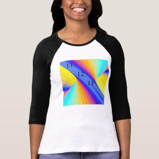 Las señoras cupieron la camiseta de la tormenta de