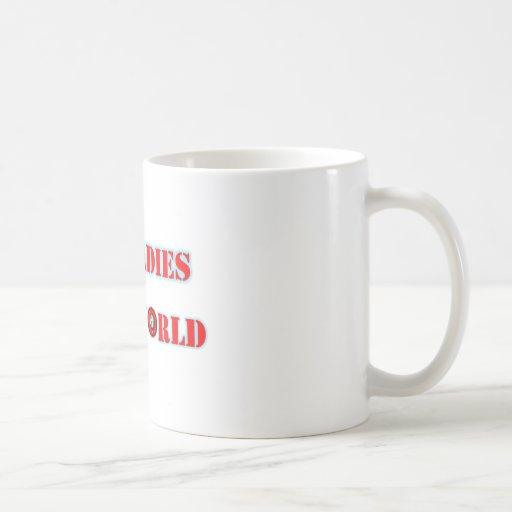 Las señoras de Boss funcionan con la taza del