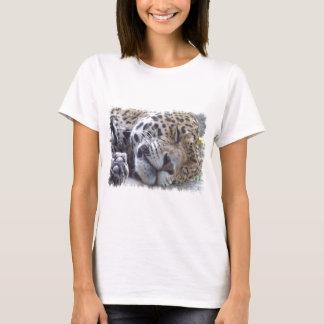 Las señoras de la imagen del leopardo cupieron la playera