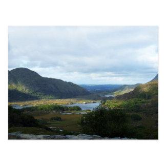 Las señoras ven Killarney Kerry postales de Irl