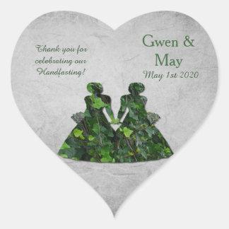Las señoras verdes de la hiedra en forma de pegatina en forma de corazón