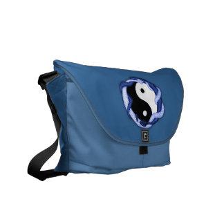 Las serpientes se doblan (el azul) bolsa messenger