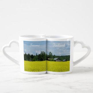 Las tazas del par de encargo del campo finlandés tazas para parejas
