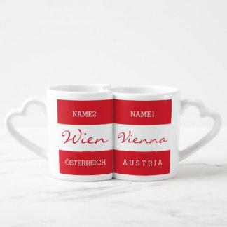 Las tazas del par de encargo del monograma de Wien Taza Amorosa