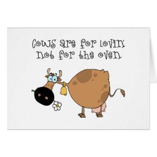 Las vacas están para Lovin Tarjeta De Felicitación