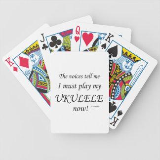 Las voces del Ukulele dicen deben jugar Barajas De Cartas