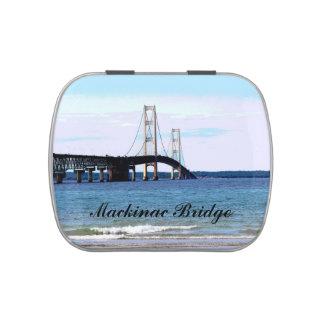 Lata del caramelo del puente de Mackinac