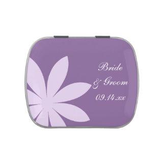 Lata púrpura del caramelo del favor del boda de la