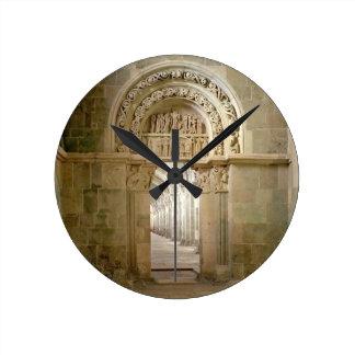 Lateral Portal, c.1125 (photo) Round Clock
