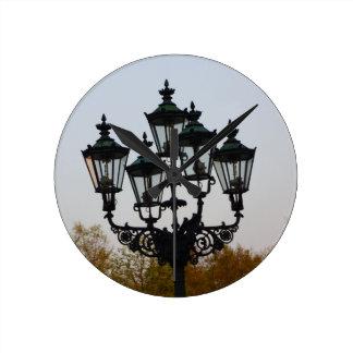 Latern Lamp Wallclock