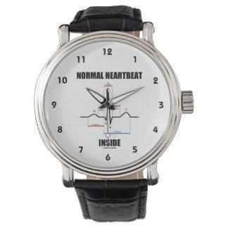 Latido del corazón normal dentro del relojes de mano